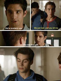 """""""The bite is a gift""""-scott I love stiles' reaction Hhhh ,, Teen Wolf 《S4→E4》"""