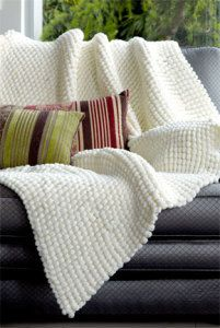 10 Perfectly Beginner-Friendly Blankets to Knit for Christmas (Free Patterns)