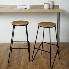 GoodHome Maloux Natural Oak Bar stool. Incorporating these on-trend bar stools into your kitchen is a great way to add extra space whilst adding a stylish touch to both contemporary and traditional kitchens.. This stylish contemporary bar stool is the perfect finishing touch  and provides extra seating for your kitchen breakfast bar. Bar stool by GoodHome West Elm Bar Stools, Grey Bar Stools, Bar Stools For Sale, Vintage Bar Stools, Industrial Bar Stools, Metal Bar Stools, Bar Chairs, Vintage Industrial, Contemporary Bar Stools