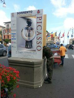 #allestimento #PicassoSorrento | in Piazza Tasso Woman Lamp