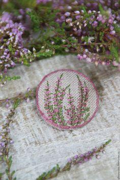 """Купить Брошь """"Вереск"""" - розовый, брош, вышитая брошь, брошь из ткани, брошь из льна, вышивка"""