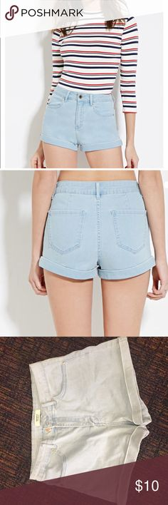 Forever 21 High Rise Jean Shorts Light wash / model wears the exact same pair in photo / never worn - brand new / feel free to ask questions or make an offer! 😊 Forever 21 Shorts Jean Shorts