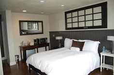 Lovely Modern Decor Room At Inn The Discovery Coast Long Beach Wa Fresh Baked Pastries Delivered To Your Door Step
