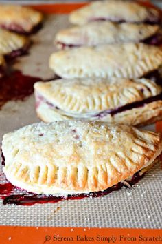 Flaky Blackberry Turnover are a great hand held pie recipe with a flaky crust from Serena Bakes Simply From Scratch. Turnover Recipes, Filo Recipe, Biscuit Recipe, Gourmet Recipes, Sweet Recipes, Cooking Recipes, Pie Recipes, Essen