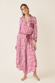 Prendas de dormir y homewear: Pijamas, camisones, batas... | Women'secret Secret House, African Wear Dresses, The Dress, Pajama Set, Wrap Dress, Dresses With Sleeves, Shirt Dress, Womens Fashion, Long Sleeve
