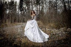 New blog post : Corset, Silhouette, Marie, White Dress, Wedding Dresses, Blog, Fashion, Fashion Ideas, Dress