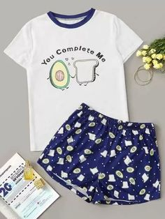 Check out this Avocado & Toast Print Pyjama Set on Shein and explore more to meet your fashion needs! Cute Pajama Sets, Cute Pjs, Cute Pajamas, Girls Pajamas, Pajamas Women, Girls Fashion Clothes, Teen Fashion Outfits, Outfits For Teens, Fashion Black