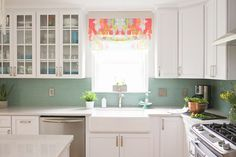 I am feeling super inspired today…this has to be one of my favorite kitchens ever! The bright and cheery space belongs to Hayley Crouse of Welcome to the Mouse House and Mouse House Creations…