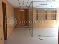 Oficina en Almería, 104m2, con todas las instalaciones. Muy Buen Estado