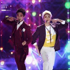 Minho and jonghyun- 2015 sokcho music festival -