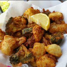 Ricetta Frittelle di zucchine - La Ricetta di GialloZafferano Italian Foods, Italian Recipes, Meat, Chicken, Cubs