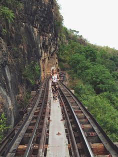 10 of the World's Most Scariest Places to Visit - The Death Railway, Thailand