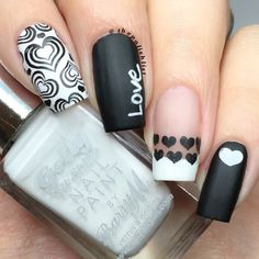 Nail art Christmas - the festive spirit on the nails. Over 70 creative ideas and tutorials - My Nails Grey Nail Art, Black And White Nail Art, Black Nails, White Nails, Black White, White Nail Designs, Nail Art Designs, Valentine Nail Art, Super Nails