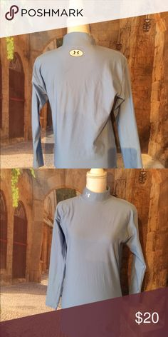 Under Armour Cold Gear top In excellent condition Under Armour Tops Tees - Long Sleeve