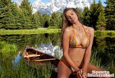 Robyn Lawley, Model With Normal Body, Graces Sports Illustrated's Swim Issue