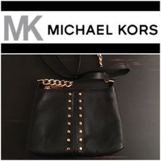 Selling this MK crossbody on Poshmark! My username is: helloholly74. #shopmycloset #poshmark #fashion #shopping #style #forsale #Michael Kors #Handbags