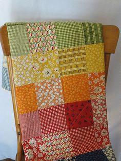 Simple squares quilt, rainbow gradient // via Camille Turcotte (Flickr)