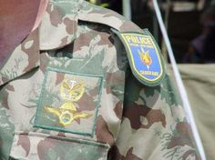 Spesiale Taakmag or Special Task Force , The rank is Sergeant ! An Elite Unit which The regular Police called when things were too dangerous ! South African Air Force, Durban South Africa, Police Call, Army Day, African History, Special Forces, Military History, Cold War, Cops