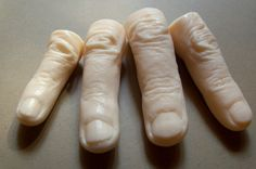 How fun would these be in your bathroom for Halloween...and it's soap!
