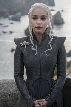 [NO SPOILERS] One thing we can all agree on Dany/Emilia this season has been incredibly gorgeous and incredible in every scene