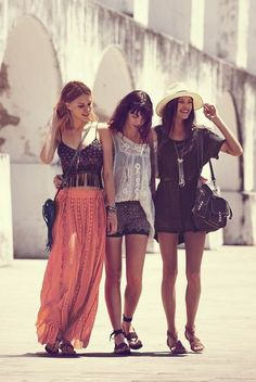 boho is the best summer wear to have. It's all about comfort but at the same time being one of the hottest trends, so snatch it up while you can! Cher Horowitz, Summer Wear, Summer Outfits, Cute Outfits, Style Summer, Summer Maxi, Simple Outfits, Boho Outfits, Summer Time