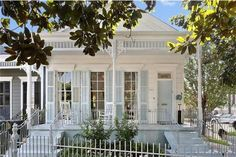 View this luxury home located at 401 Octavia St New Orleans, Louisiana, United States. Sotheby's International Realty gives you detailed information on real estate listings in New Orleans, Louisiana, United States. New Orleans Homes, House Colors, Luxury Homes, Building A House, Home And Family, United States, Real Estate, Exterior, Mansions