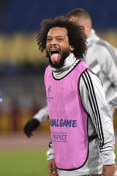 Marcelo of Real Madrid during the UEFA Champions League match between Roma and Real Madrid at Stadio Olimpico, Rome, Italy on 27 November (Photo by Giuseppe Maffia/NurPhoto via Getty Images) Marcelo Real, Mc 12, Ronaldo Real Madrid, Real Madrid Players, Sports Celebrities, Uefa Champions League, Soccer Cleats, Sport Man, Rome Italy
