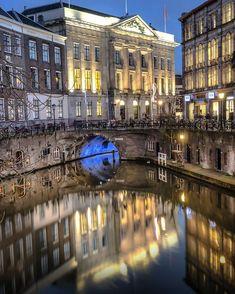 Utrecht everyday a lightshow..