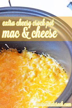 Extra Cheesy Crock Pot Mac and Cheese for Cheese Lovers! Sooo good! #CrockPot