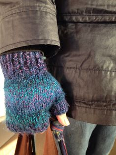 Chunky Fingerless Mitts - Free Pattern from Alaska Knit Nat! Knit these easy mitts with Lion Brand Tweed Stripes! Pattern calls for one skein of Tweed Stripes in Caribbean and size 10 double pointed knitting needles. Perfect for fall!
