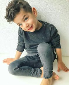 31 Cute And Stylish Boys Outfit You Must Have - Kids Fashion - Trendy Boy Outfits, Outfits Niños, Little Boy Outfits, Little Boy Fashion, Baby Girl Fashion, Toddler Outfits, Baby Boy Outfits, Kids Outfits, Newborn Outfits