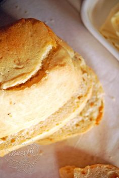 Kuchnia Bazylii: Chleb pszenny z serem