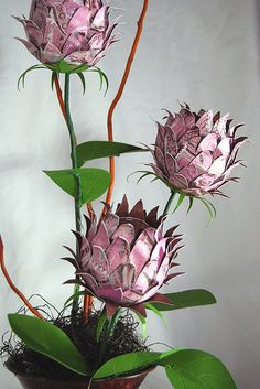 Are you the type of person that loves flowers,  but wishes they would last a bit longer?,  Paper flower crafts may be for you. There is an amazing choice