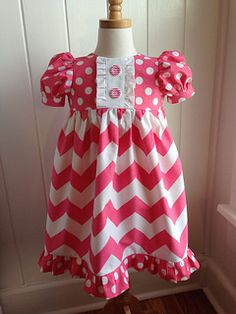 Adorable little girl dress featuring Chevron and Dots from Riley Blake Designs #rileyblakedesigns #chevron #dot