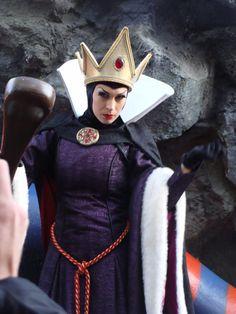 Oct. 2009 Disneyland Paris Evil Queen