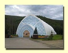 Ice Museum, Alaska.. been there couldnt imagine sleeping in hotel rooms in there