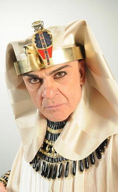 Zécarlos Machado as Seti I, powerful pharaoh. a great ruler to the Egyptian people and a  brilliant military.