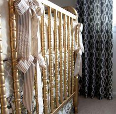 Gold painted crib  for handmedown girl♥