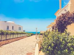 Algarve, Costa, Mansions, House Styles, Italia, Mansion Houses, Manor Houses, Fancy Houses, Palaces