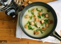 Supa crema de conopida cu usturoi Raw Vegan Recipes, Vegan Foods, Vegetarian Recipes, Healthy Recipes, Soup Recipes, Cooking Recipes, Romanian Food, Lunch Meal Prep, What To Cook