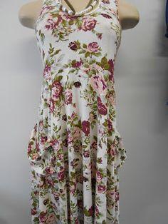 Brechó e outlet: Vestido estampa floral.