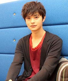 Boys Who, My Boys, Japan Art, Nihon, Kamen Rider, Power Rangers, Famous People, Handsome, Singer