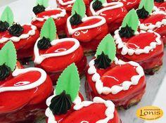Πάστες - Αγ.Βαλεντίνου #valentinesday Valentines, Sugar, Cookies, Desserts, Food, Recipes, Valentine's Day Diy, Crack Crackers, Tailgate Desserts
