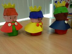 O mundo é das crianças: Dia de Reis Activities For 2 Year Olds, Preschool Activities, Elf On The Shelf, Nativity, Holiday Decor, Christmas, Crafts, Atvs, Dress Ideas