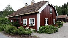 *THE GOOD LIFE ON TOP OF THE WORLD*: VÆRTSHUSET BÆRUMS VERK - NORWAY'S OLDEST RESTAURANT