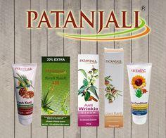Patanjali to nasze ulubione kosmetyki naturalne. Czysty skład, zioła ajurwedyjskie, orientalne zapachy - za to kochamy kosmetyki Patanjali, które docierają do nas prosto z aśramu ajurwedyjskiego w Indiach!