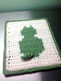 Kitty Crochet potholder - free pattern (link to free kitty afghan pattern)