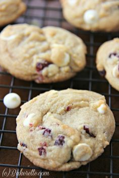 5-Star White Chocolate Chip Cranberry Cookies made with a secret ingredient to make them soft and thick.| Bakerette.com