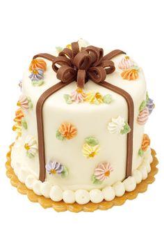 Flower decoration cake of SALON DE THÉ CERISIER