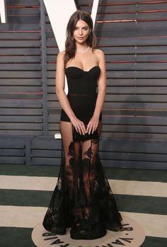 13 of Emily Ratajkowski's sexiest looks to date: